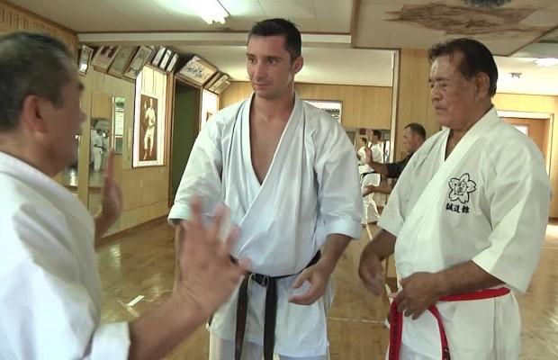 Lionel Froidure et Choyo Kiyuna sensei du Goju Ryu